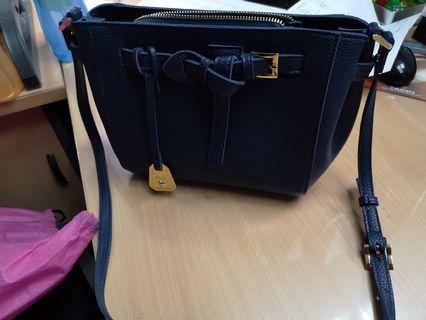 Pixy Sling Bag
