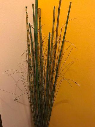 🚚 #ENDGAMEYourExcess Bamboo canes for display 44inches