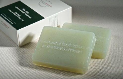 🚚 100% organic botanicus moisturizing soap bar