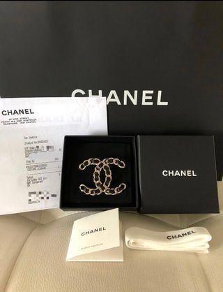 Chanel Classic Brooch