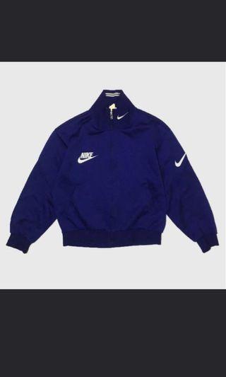 🚚 #EndgameYourExcess Nike vintage jacket