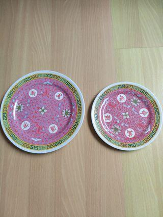 Vintage melamine plates flower pattern (made in Singapore)