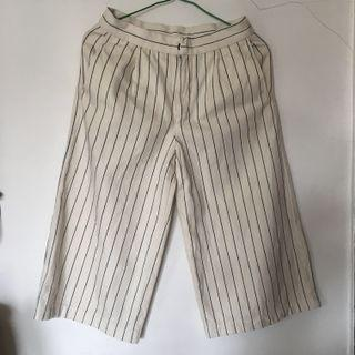 white stripe pants GU Uniqlo