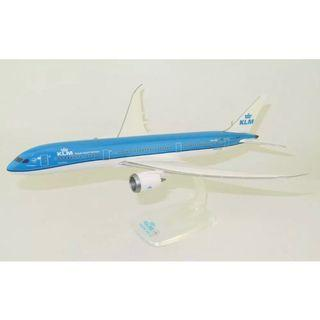 KLM B787-9 Dreamliner 1:200 Collectible Aircraft Scale Model