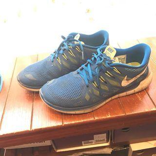 Nike fee 5.0 US10