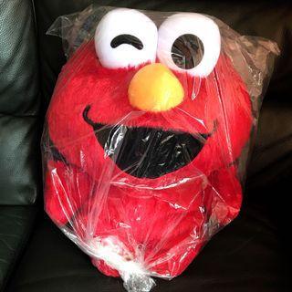 芝麻街Elmo大公仔