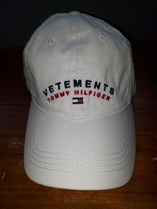 6dc512dc0c635 Vetements tommy hilfiger cap