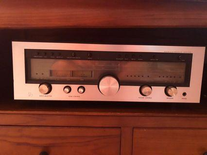 Selling Solid State AM/FM Stereo Receiver R1050