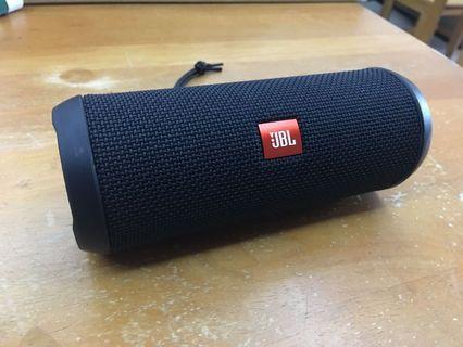 JBL Flip 3 wireless splashproof speaker (like flip 4)