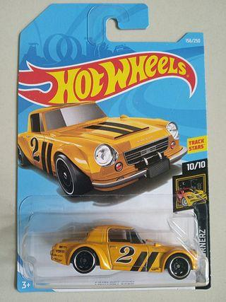 Hot Wheels 2019 Nightburnerz 156 Fairlady 2000
