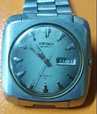 Watches(old vintage watches)