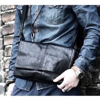 Man Sling Bag MC005 RD4 Black
