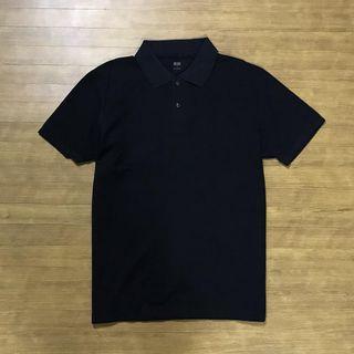 UNIQLO Poloshirt Kode : #KK050 ••Size L