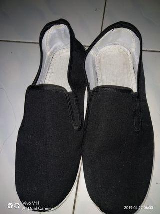 Unisex tai chi black shoes size 41