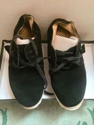 sepatu pria kulit import
