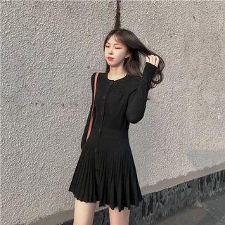 黑色針織連衣裙