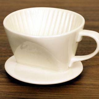 【全新*101/102*白色/黑色選擇】扇形三孔陶瓷濾杯 Ceramic 3-Hole Coffee Dripper Maker 咖啡濾杯滴漏式手冲連量匙