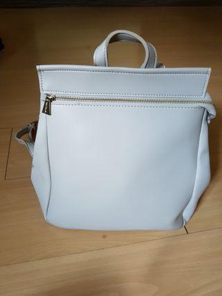 🚚 Feminine backpack