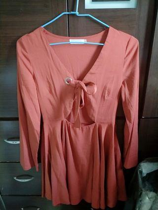 🚚 橘色小心機 綁繩洋裝