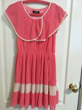 專櫃粉粉百折洋裝
