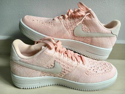 🚚 Nike Men's Sneakers