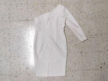 White One-Shoulder Dress