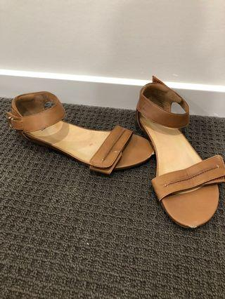 Frankie 4 Sandals