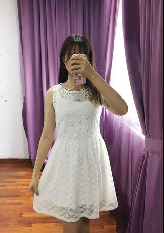 White Lacey dress, with rubber