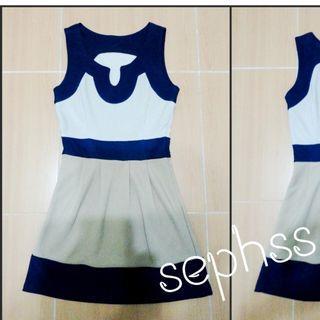 NEW 藍米啡厚身裙