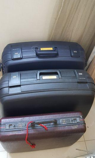 3 vintage luggages for SGD 50