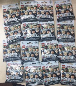 Lego 71014 German football team set of 16
