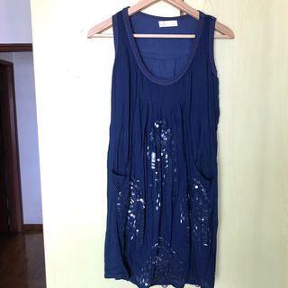 🚚 Blue dress with sequin details
