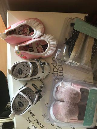 4 baby shoes for 450
