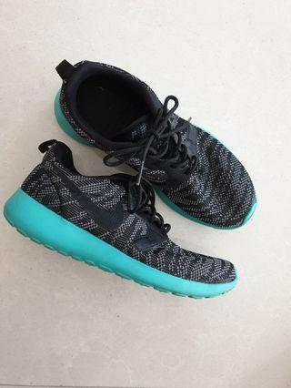 low priced 68fd1 c9ddd Reduced  NIKE Roshe One Flyknit Jacquard Wolf