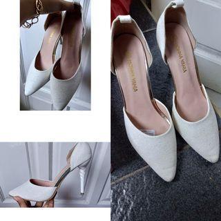 Monna vania shoes heels white