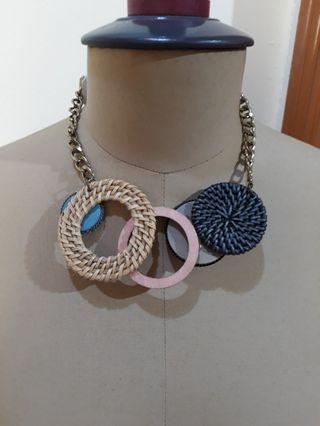 Jessi necklace