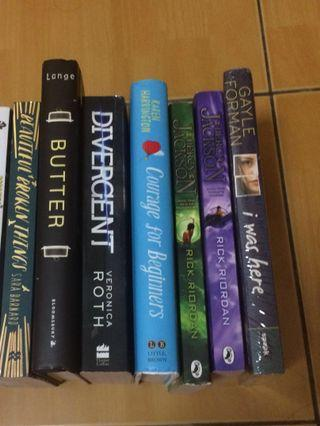 Young Adult English Novels (CLEARANCE )