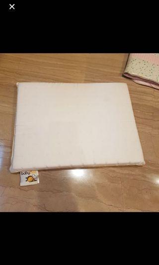 Babybee latex pillow+sarung bantalnya