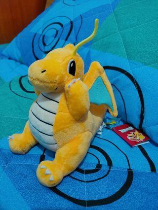 🚚 全新 現貨 pokemon 精靈寶可夢 快龍坐姿托臉款娃娃(15CM) 神奇寶貝 黃色 噴火龍 口袋妖怪 絨毛娃娃