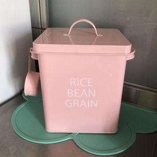 粉色米桶 鐵桶收納 居家收納 咖啡豆收納 飼料收納