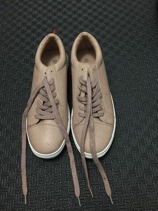 Zalora nudepink sneakers 41