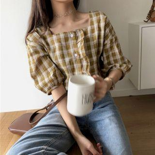 Korean plaid ruffled square collar blouse : Korea style brand new women fashion 2019 ulzzang lattice checkered gingham button single row buckle short sleeve puff bubble lantern sleeved square neck frill ruffle top shirt
