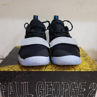🚚 Nike pg2.5 us8.5