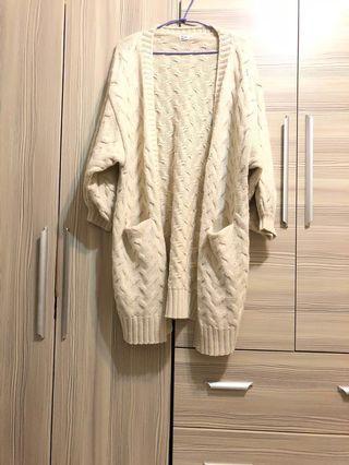 🚚 厚磅開襟澎袖針織外套