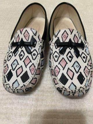 真品Tod's 塗鴉豆豆鞋 36.5