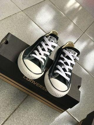 CONVERSE CHUCK TAYLOR ALL STAR OX Black / White