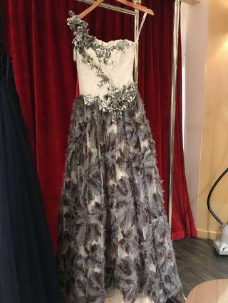 🚚 Feathery Gorgeous Evening Gown For Beauty Pageant /Wedding