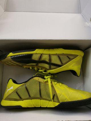 Original - Puma Futsal Shoes (9/10 condition)