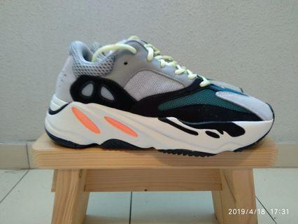 057c18edb yeezy 700 wave runner