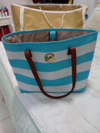 Micheal kors woman bag